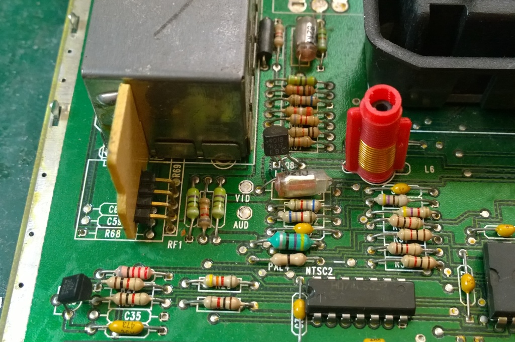 Atari 7800 PAL Composite Video Mod