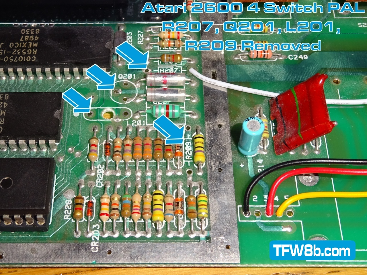 Atari 2600 4 switch PAL Composite Video Mod