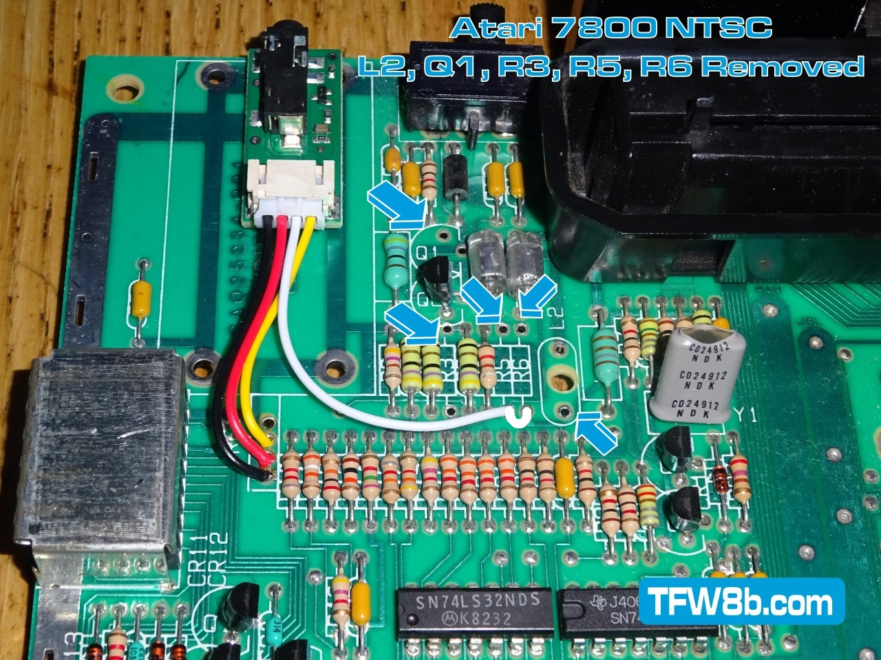 Atari 7800 NTSC Deluxe Composite Video Mod